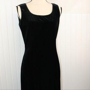 Long Black Velvet Dress, Gown, Goth Sleeveless,vtg